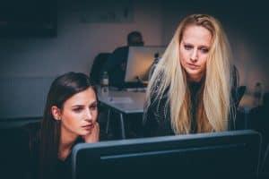 Mismos sueldos entre hombres y mujeres